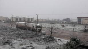 Hendek'te Kar Yağışı Başladı