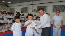 Hendek Karate Takımı Kuşakları Yükseltti