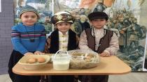 Öğrenciler Türk Büyüklerini Tanıyor