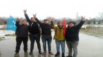 Ülkücüler Türkistan'lı Gençleri Karşıladı